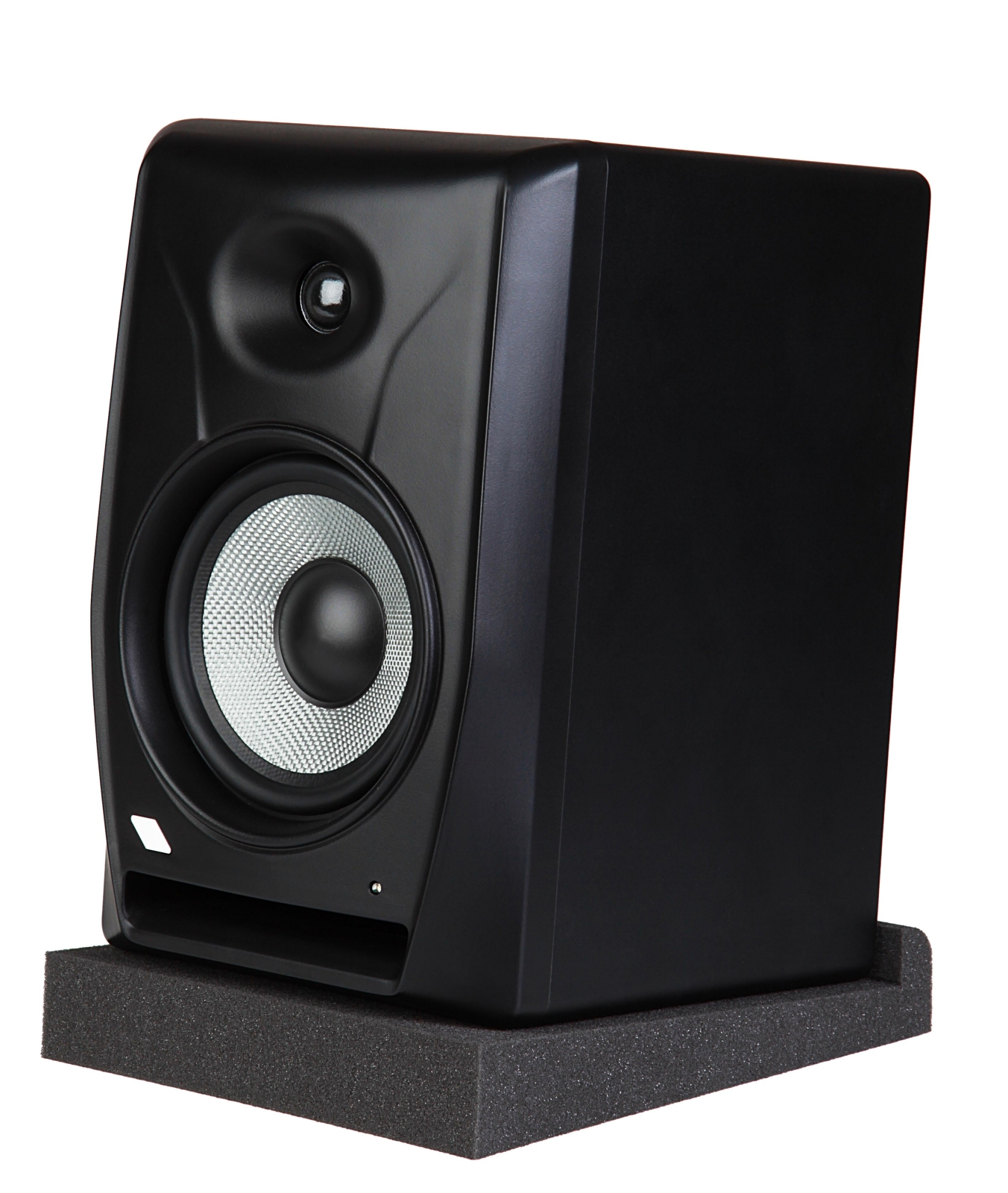 Pair of isolators for nearfield studio monitors